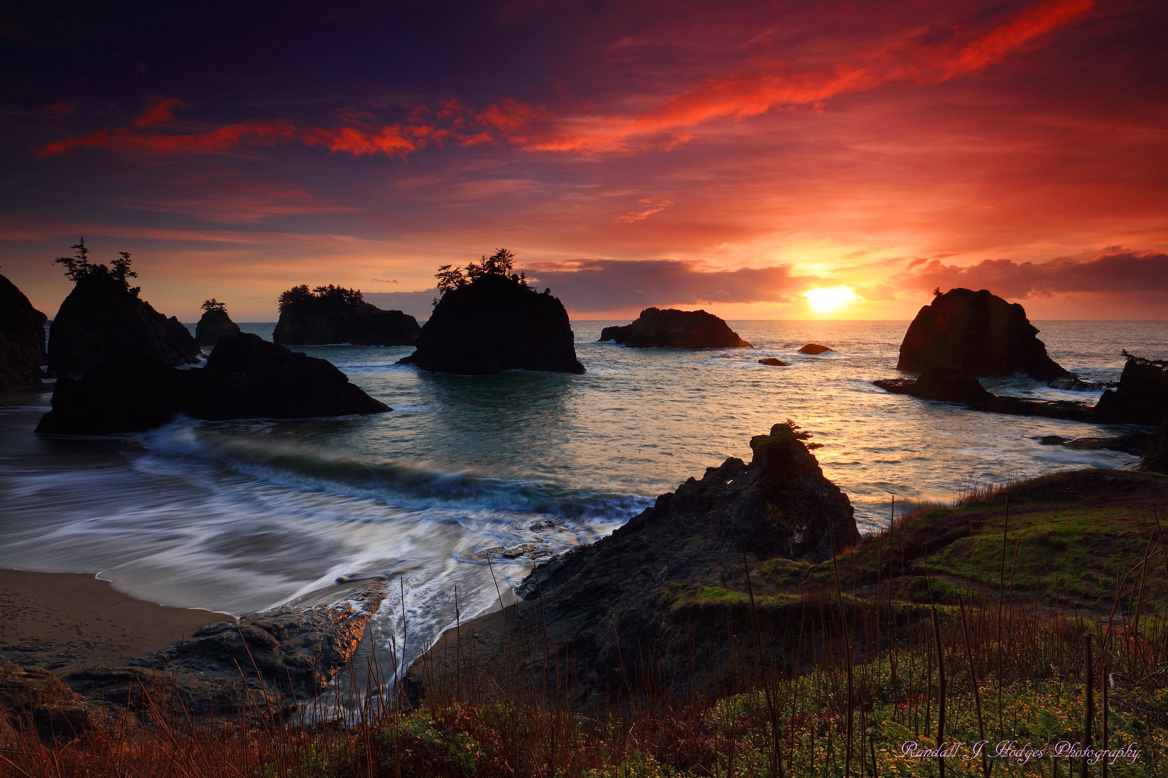Sunset from Secret Beach in Samuel H Boardman State Park along the Southern Oregon Coast